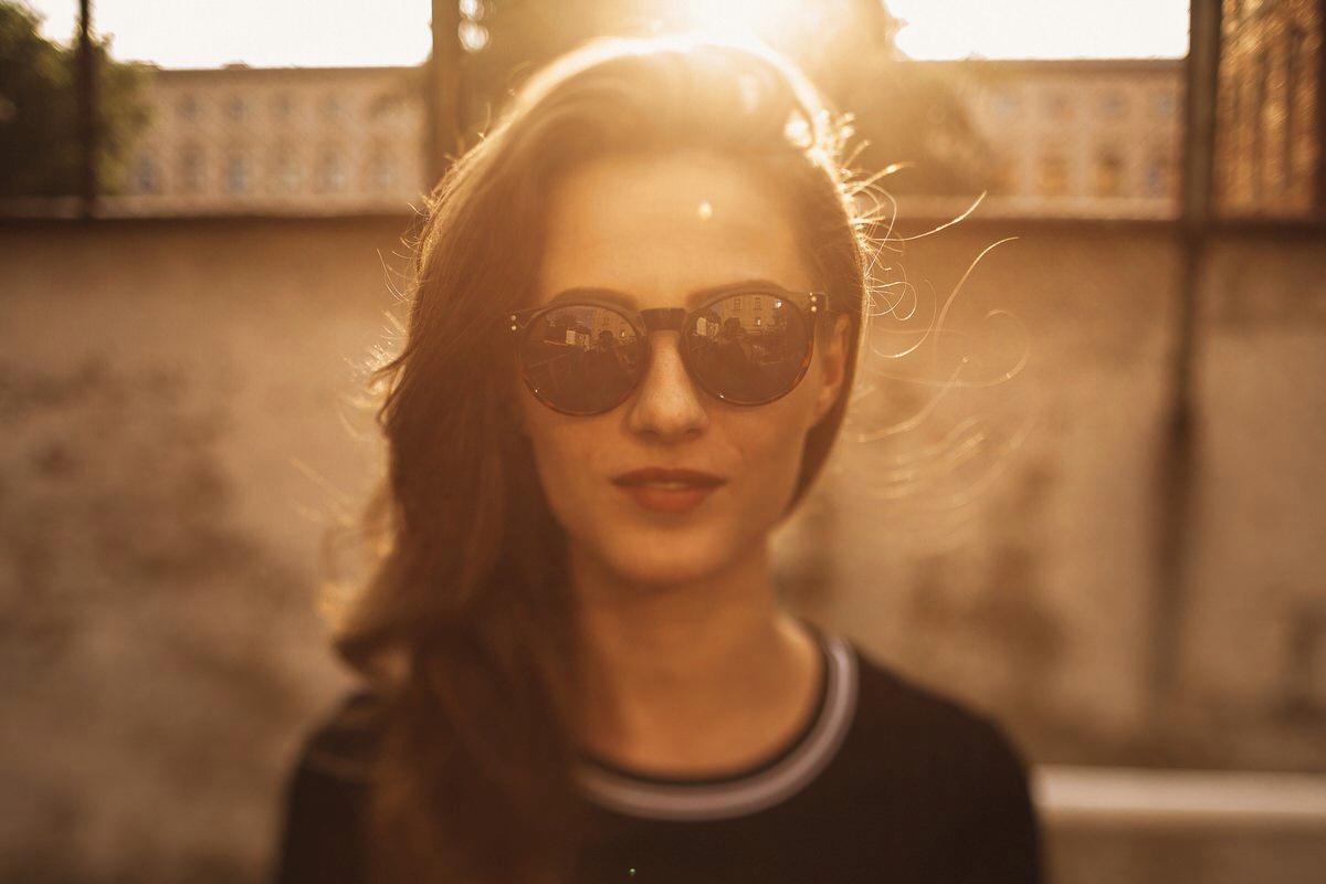 sesja narzeczeńska kraków, dziewczyna, zachód słońca, portret, fotograf ślubny kraków